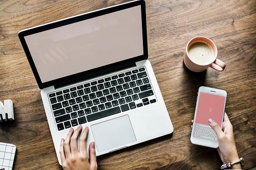 Na co zwrócić uwagę przy kupowaniu laptopa